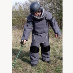USI Franconia – Mine Clearance Suit